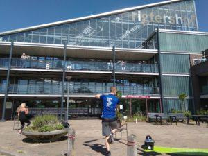Nationale Balkon Beweegdag bij Rigtershof in Grootebroek