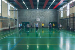 Speciaal voor mensen die door fysieke of mentale kwetsbaarheid moeite hebben om een geschikte beweegactiviteit te vinden biedt Team Sportservice Haarlemmermeer in Nieuw-Vennep Erbij Horen aan.