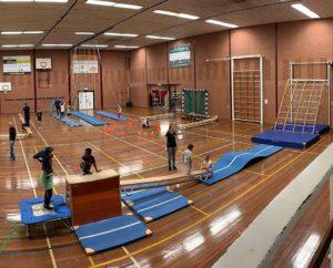 SportInstuif in Uithoorn waarbij kinderen kunnen sporten en bewegen in de gymzaal na schooltijd.